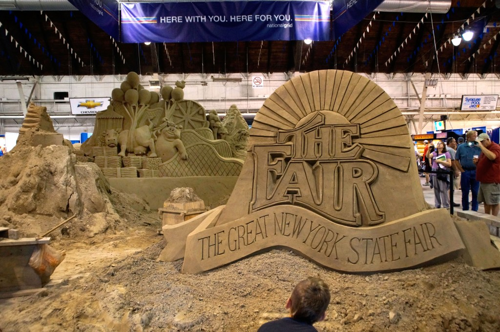 BEST SAND SCULPTURE 13