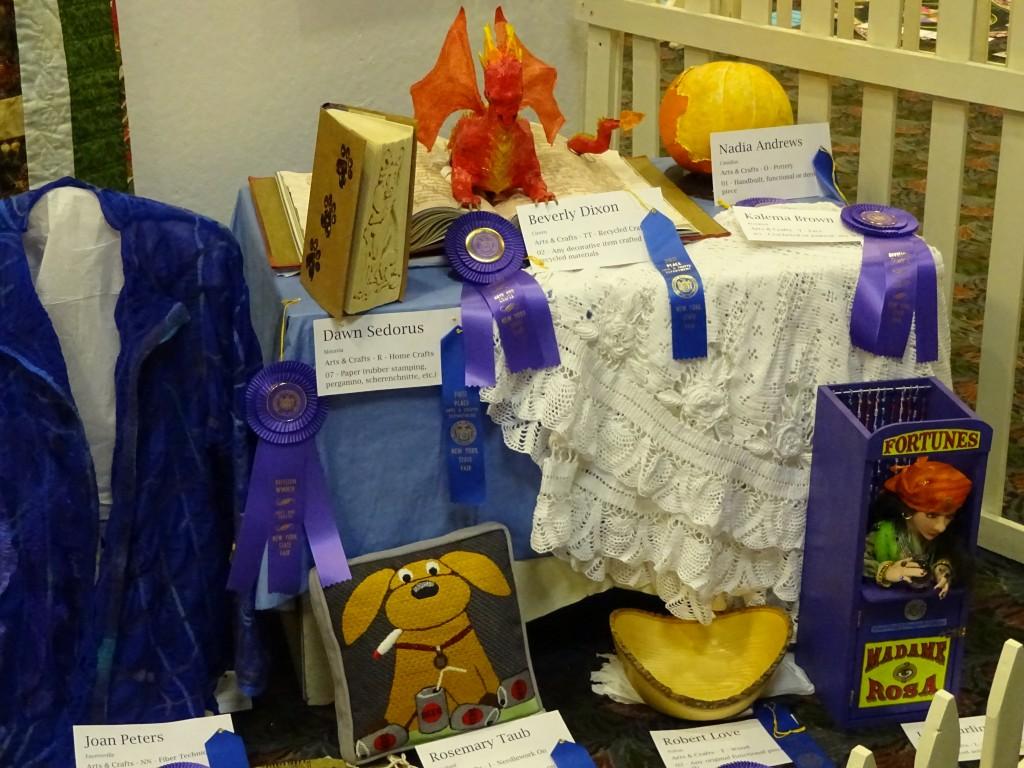 blue-ribbon-crafts-16