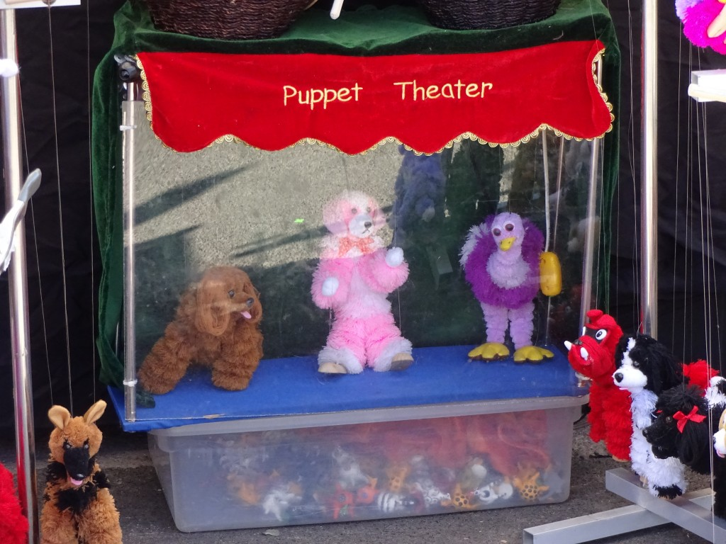 On creative vendor used this puppet show to attract customers at last year's Fair.