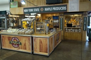 MAPLE STAND 17